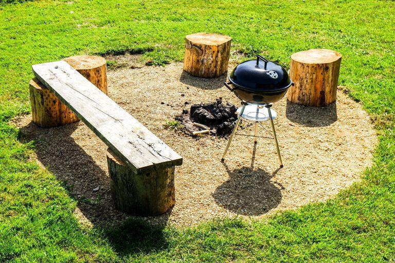 Yurt Glamping in Devon_Fire pit & BBQ