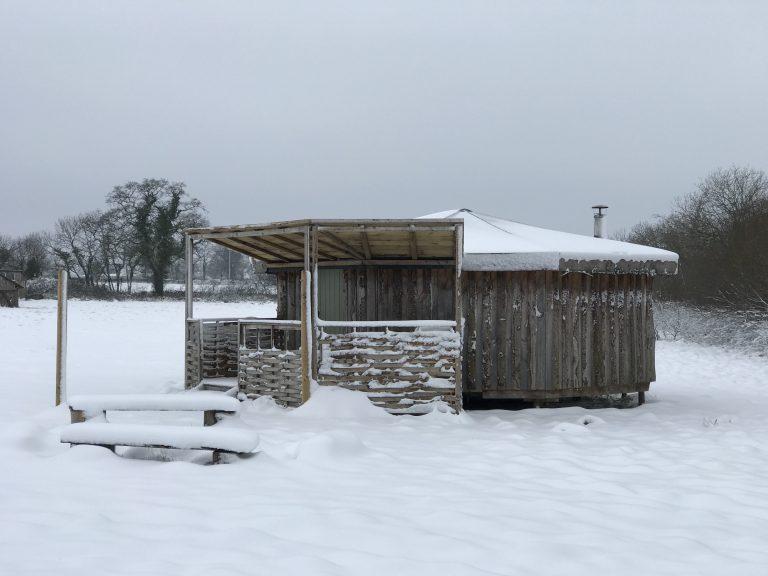 yurt glamping in devon_yabin in the snow